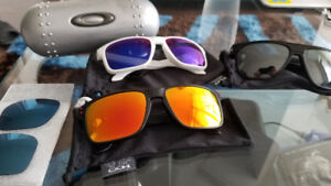 Oakley Sunglasses, Holbrook / Breadbox