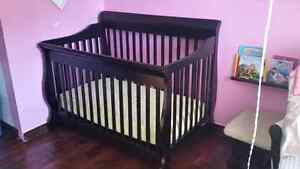 Dark Wood Covertable Crib - excellent condition