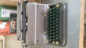 Antique Typewriter in Perfect Condition  Smith-Corona