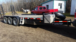 24,000 GVW. 2015 TP 20 ft bumper pull 3axle Equipment trailer