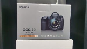 SALE SALE - CANON EOS 5D MARK 4 WITH 24-105MM LENS KIT
