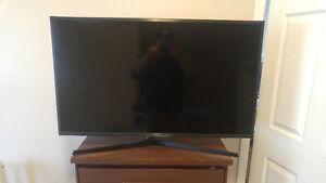"40"" Samsung UHD 4K TV"