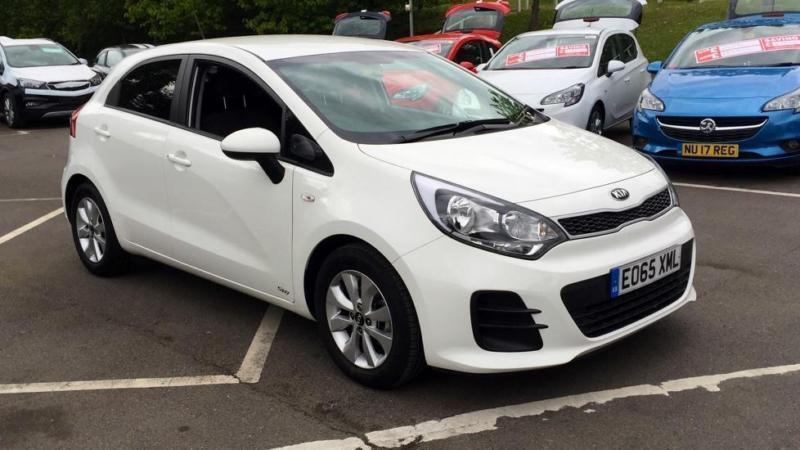 2015 kia rio sr7 manual petrol hatchback in blackburn. Black Bedroom Furniture Sets. Home Design Ideas