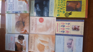 Pregnancy childbirth breastfeedin mothering books