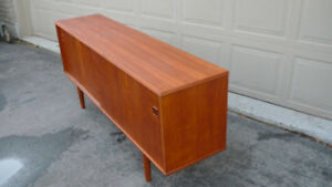 Teak Mid Century Sideboard/ Credenza/Entertainment Center