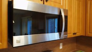 KENMORE ELITE OVER-THE-RANGE CONVECTION MICROWAVE