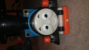 Thomas the tank with tracks power operated