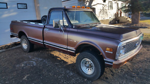 71 C10 Chevy 4x4 truck