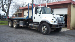 2007 International Roll Off 7400 DT466 22' Flat Bed Tandem Axle
