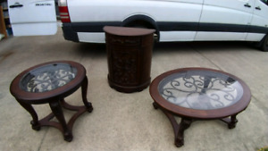 Exclusive table set, reduced for quick sale!!