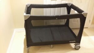 Avalon Portable Baby Playpen