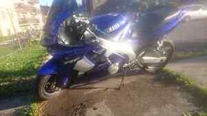 2001 YZF Yamaha 600R