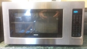 Microwave oven Bosh Stainless steel in very good condition