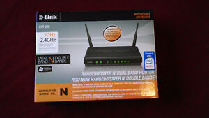 D-Link DIR-628 Dual Band 802.11n Router. See inside for features