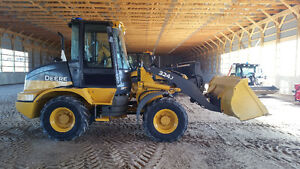 2014 John Deere 324J  Front End Loader