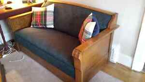 1920 MISSION STYLE OAK SOFA BED