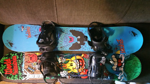 2 Kids Snowboards 130cm Burton & World Industry