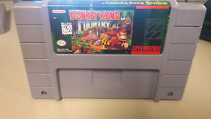 Donkey Kong Country game for Super Nintendo