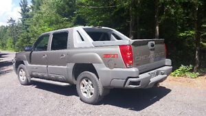 CHEVROLET AVALANCHE 2002 4X4 AUTOMATIQUE