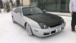 LOOKING FOR 2001 HONDA PRELUDE PARTS OR PARTS CAR