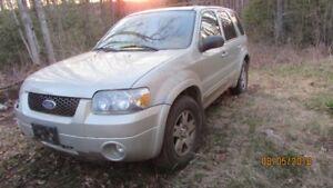 2005 Ford Escape SUV 4WD