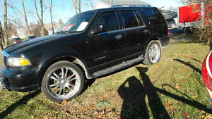 2000 Lincoln Navigator SUV, Crossover Belleville Belleville Area image 1