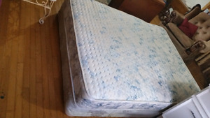 Queen mattress and boxspring need gone great shape