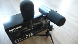 Looking for a Shure SM7B Microphone