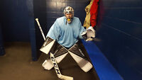 Goalie looking for team or last minute fill in.