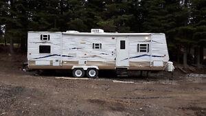 30' Gulfstream Travel trailer