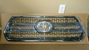 Tacoma TRD Off-Road chrome grille