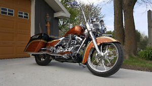 Showroom custom Road King
