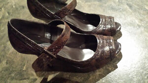 Steve Madden Brown Shoes - size 10