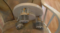 Wall lamp with matching tracks/Plafonnier avec track light