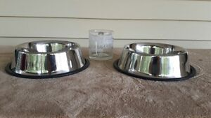 Stainless Steel Dog Dishes with Rubber Base Grips