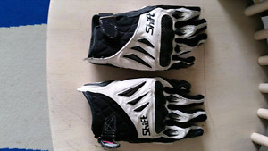 Sz small leather & kevlar riding gloves!!!