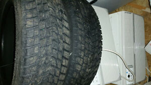 Toyo G-02 Plus Open Country Winter  235/65/18