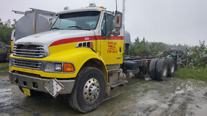 2006 Sterling Cab & Chassis  18000 FRONT AXLE