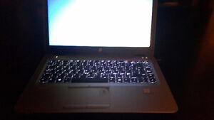NEUF HP LAPTOP ULTRABOOK 840 G3 INTEL i5 HDD 500GB RAM 8GB DDR4