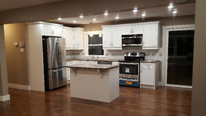 Beautiful 3 bdrm Flat 4 RENT Utilities Included!!