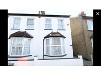 2 bedroom semi detached house in Sutton Surrey
