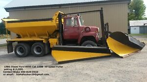 Camion a neige / Snow Plow Truck Diesel Ford 8000