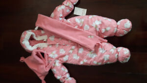 Baby girl (6M) snow suit