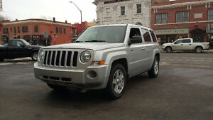 2010 Jeep Patriot North edition  Only 60,000 kms!!!!!!!!!!!!!!