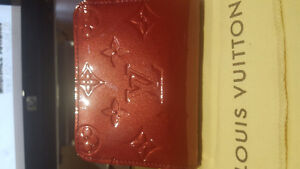 Louis Vuitton Zippy Compact Wallet in Red color