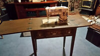 For Sale: singer sewing machine Model # 401