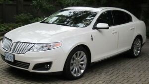 2010 Lincoln MKS AWD- 3.5L Ecoboost w/Navigation-
