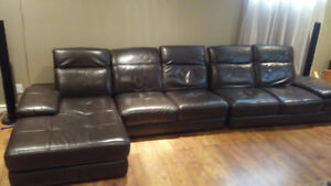 Sofa sectionel (sectional couch)