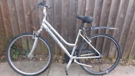 "Ladies Viking 24 speed hybrid bike, 18"" frame, good condition. Light"