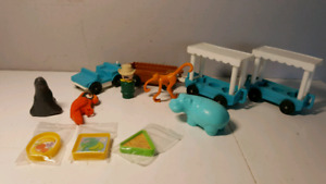 FISHER PRICE 916 zoo vintage